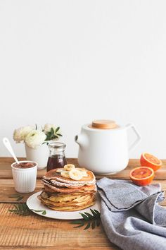 Hazelnut Milk Crêpes with Spelt Flour / Crepes lait de noisette - Carnets Parisiens Breakfast And Brunch, Best Breakfast, Breakfast Recipes, Breakfast Pancakes, Sunday Brunch, Romantic Breakfast, Sunday Morning, Birthday Breakfast, Brunch Food