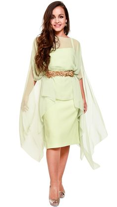 fc5c9282d7 vestido corto capa gasa verde para fiesta Dresseos disponible en alquiler  Madrid