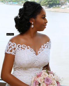Image may contain: 1 person, wedding Crystal Wedding Dresses, White Wedding Dresses, Bridal Dresses, Bridesmaid Dresses, Lace Styles For Wedding, African Traditional Wedding Dress, Black Wedding Hairstyles, African Wedding Attire, Wedding Dress Train