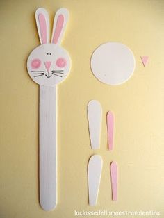 The class of the teacher Valentina: bookmarks Easy Easter Crafts, Easter Crafts For Kids, Diy For Kids, Easy Crafts, Diy And Crafts, Arts And Crafts, Bookmark Craft, Bookmarks Kids, Popsicle Stick Crafts