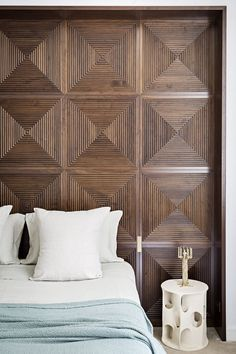 Home Remodel Living Room Top Interior Design Colleges Product Interior Wood Paneling, Interior Walls, Home Interior, Interior Decorating, Scandinavian Interior, Luxury Interior, Decorating Ideas, Interior Design Colleges, Modern Interior Design