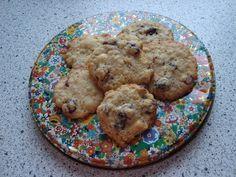 Lise på SU: Cookies med havregryn, hvid chokolade og tranebær