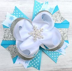Snow day hair bow, christmas outfit bow, Christmas hair bow, snowflake hair bow, over the top bows, gift wrapping hair how, big by ModernMeCollection on Etsy https://www.etsy.com/listing/474904798/snow-day-hair-bow-christmas-outfit-bow
