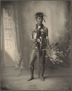 anthony luke's not-just-another-photoblog Blog: Fascinating 19th Century Portraits of Native American Indians ~ By Photographer Frank A. Rinehart