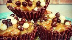 Σοκολατάκια με γεύση twix και 3 μόνο υλικά Muffin, Daddy, Breakfast, Desserts, Recipes, Food, Morning Coffee, Tailgate Desserts, Deserts