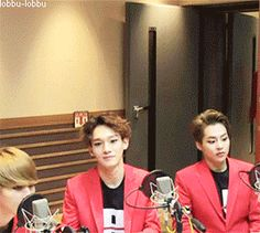 the way suho enters the room is just...