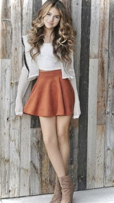45 Cute Casual Teen Outfits For Holiday and Weekend - Ready To Meal Casual Outfits For Teens, Teen Girl Outfits, Girls Fashion Clothes, Girl Fashion, Clothes For Women, Summer Outfits, Holiday Outfits, Skater Skirt Outfit For Summer, Casual Skirt Outfits