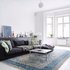 Zoals beloofd, de binnenkijker staat online! Link in bio! #binnenkijker #hometour #interior4all #wohnzimmer #livingroom #woonkamer #bolig #scandinavian #interior #interieur #interior4you