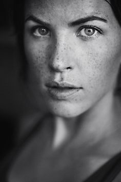 Love all the freckles- a different kind of beauty.