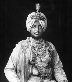 Local fashion: Jewelry and dress of the Maharajahs of India,Maharajah Bhupinder Singh of Patiala