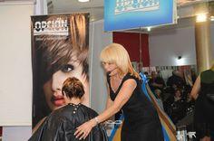 Ana de Oriente - Club del Peinador - Opcion Social, Dreadlocks, Club, Hair Styles, Beauty, Hair Plait Styles, Hair Makeup, Hairdos, Haircut Styles