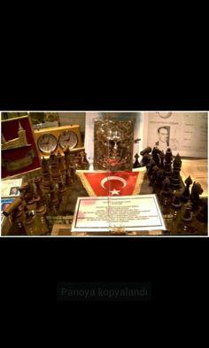 Atatürk's chess team.