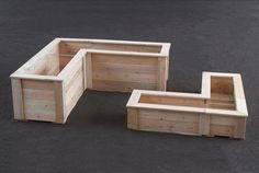 L-shaped planters are ideal for gardening in corner spaces on your deck or patio, balcony or rooftop.