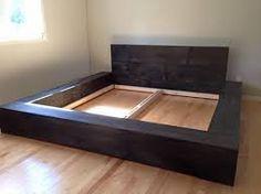 Construire un lit sur pinterest lits superpos s trois - Cherche palettes bois gratuites ...