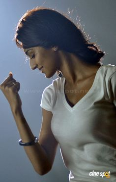 Erica Fernandes in 555 Movie