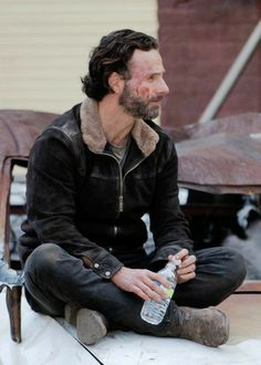 Get your coat, love, you've pulled. - You are in the right place about diy face mask sewing pattern Here we offer you the most beautiful - Andy Lincoln, Nursing Memes, Funny Nursing, Nursing Quotes, Carl Grimes, Rick Grimes Funny, Retail Robin, Jeffrey Dean Morgan, Fear The Walking Dead