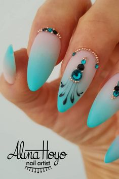 Summer Colors For Nails Round/Triangle/Square/Sea Animal Nails, Bags, Shoes, Cell Phone, Box Nail Art DIY Charms Decorations Picture Credit Winter Nail Designs, Simple Nail Designs, Nail Art Designs, Toe Nail Art, Nail Art Diy, Toe Nails, Color For Nails, Nail Colors, Winter Nails