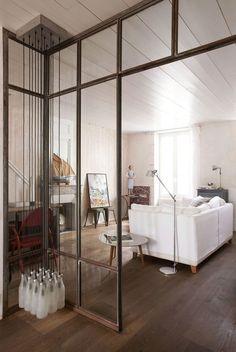 A Ars-en-Ré, l'architecte Christophe Ducharme signe sa propre maison de vacances avec la complicité de sa femme Marina.