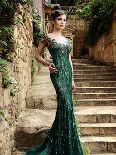 Rami Salamoun Spring Summer 2015 evening gowns see through dark green sequined celebrity evening dresses sexy red carpet 2015 dresses Beautiful Gowns, Beautiful Outfits, Elegant Dresses, Pretty Dresses, Evening Dresses, Prom Dresses, Dresses 2016, Dresses Online, Wedding Dresses