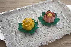 Com esta forminha de docinho de origami a sua festa vai ficar com um visual muito mais sofisticado e você receberá muito mais elogios pelo seu capricho.