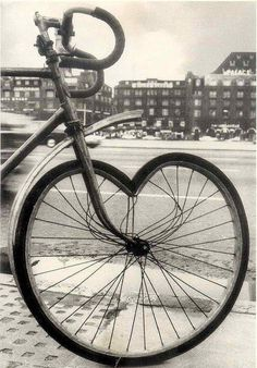 Bike Heart #bicycles, #hearts, #pinsland, https://apps.facebook.com/yangutu/