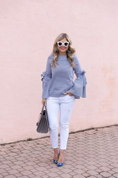 Hijab fashion, fashion wear, fashion tips, fashion outfits, womens fashion Classy Outfits For Women, Mom Outfits, Fashion Tips For Women, Chic Outfits, Trendy Outfits, Clothes For Women, Fashion Wear, Look Fashion, Fashion Outfits