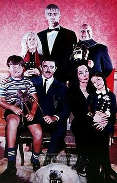 That happy ghoullucky Addams Family clan (1965)