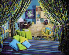 Seventeen - October, 1967 Retro Room, Hippie Room Decor, Retro Bed, Flower Bedroom, Retro Bedrooms, Hippie Home Decor, Eclectic Bedroom, Bedroom Vintage, 60s Bedroom