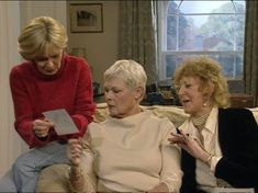Judi Dench, Moyra Fraser, and Jenny Funnell in As Time Goes By Bbc Tv Shows, Judi Dench, As Time Goes By, Comedy Tv, Movie Tv, Tv Series, Romance, Couple Photos, British