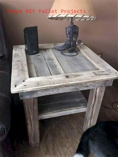 Use Pallet Wood Projects to Create Unique Home Decor Items – Hobby Is My Life Wooden Pallet Projects, Wooden Pallet Furniture, Pallet Crafts, Wooden Pallets, Rustic Furniture, Pallet Ideas, Diy Furniture, Pallet Wood, Furniture Dolly