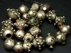 """Sputnik"" beads, Afghanistan (1)"