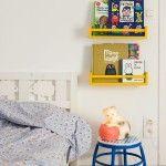 Short on space kids room bedroom pinterest la ni a - Estanteria para especias ikea ...