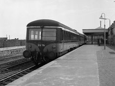 Built by Park Royal Vehicles with AEC diesel engines, the 60 railcars were CIE's first steps towards modernisation when introduced By only 2 units survived in operation & the remainder. Dublin Ireland, Ireland Travel, Photo Engraving, British Rail, Old Trains, Futuristic Design, Retro Futurism, Vintage Travel Posters, The Good Old Days