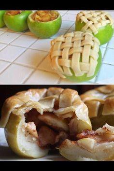 OMG! Cute and Delicious Apple Pie Idea!