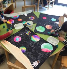 Encouraging your child with DIY solar system crafts, activities and decorations would be a great way to help them explore. With various grade and project on solar system for class here are some ideas. Space Crafts For Kids, Space Preschool, Preschool Crafts, Projects For Kids, Art For Kids, Outer Space Crafts, Planets Activities, Space Activities, Planets Preschool