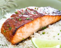 Red miso gives the salmon a certain oomph. It is less salty than yellow miso, and goes best with fish. Be sure to use high-quality sake. Salmon Recipes, Fish Recipes, Seafood Recipes, Cooking Recipes, Unique Recipes, Great Recipes, Favorite Recipes, Yummy Recipes, Yummy Food
