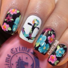 Flowers and anchor mani