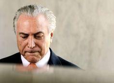"""Temer ouve grito de """"não vai ter golpe"""" ao sair de restaurante em São Paulo"""