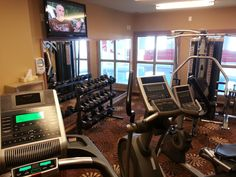 Need to keep up with your exercise plans? Our fitness centre features state of the art equipment including treadmill, elliptical trainer, stationary bike, free weights and a muilt-position weight machine. Weight Machine, Elliptical Trainer, Exercise Plans, Free Weights, Treadmill, Stationary, Centre, Bike, How To Plan
