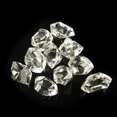 Herkimer diamonds ~ someday I want to dig for these!!