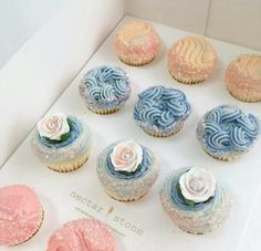 Nectar and Stone Frosting Recipes, Cupcake Recipes, Beautiful Cakes, Amazing Cakes, Nectar And Stone, Eat Pretty, Love Cupcakes, Cake Trends, Little Cakes