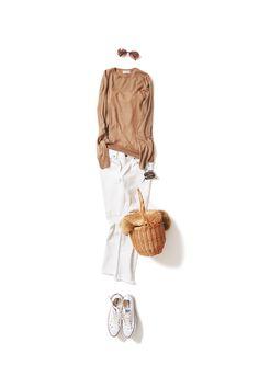 青空の日に着たいホワイトデニムのスタイル