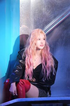Find images and videos about kpop, twice and sana on We Heart It - the app to get lost in what you love. Nayeon, Kpop Girl Groups, Korean Girl Groups, Kpop Girls, Sana Kpop, My Girl, Cool Girl, Sana Cute, Sana Momo