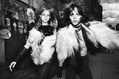 Mario Testino: uno de los fotógrafos más relevantes en el ámbito de la moda de los últimos 20 años. Su trabajo puede ser visto en revistas como Vogue y Vanity Fair...