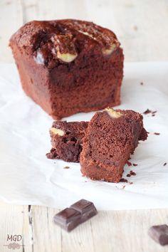 Bizcocho humedo de chocolate y plátano   Cocinar en casa es facilisimo.com