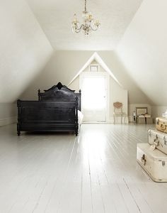 Majestic Attic renovation ideas,Attic bedroom too hot and Attic remodel nj. White Painted Wood Floors, Painted Hardwood Floors, White Flooring, Wood Flooring, Painting Wood Floors, Black Wood Floors, Painted Floorboards, Plywood Floors, Attic Rooms