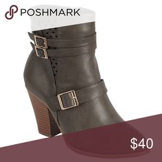 5⭐️Dark Grey Buckle Laser Cut Bootie HERE!! Dark Grey Buckle Laser Cut Bootie. Has zipper on the inside, Vegan Leather, New in Box. Available in Sizes: 6, 6.5, 7, 7.5, 8, 9 and 10. No Trades. Price is Firm Unless Bundled. BUNDLE 2 items 10% Off 3 Items 15% Off. GlamVault Shoes Ankle Boots & Booties