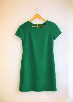 Kup mój przedmiot na #vintedpl http://www.vinted.pl/damska-odziez/krotkie-sukienki/17389469-piekna-zielona-sukienka-prosta-elegancka-atmosphere