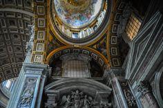 Bazilica Sf. Petru din Vatican  Bazilica Sf. Petru din Vatican, mai mult decât o catedrală - galerie foto.  Vezi mai multe poze pe www.ghiduri-turistice.info Vatican, Sf, Big Ben, Building, Travel, Viajes, Buildings, Destinations, Vatican City