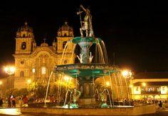 Catedral del Cusco, en la noche